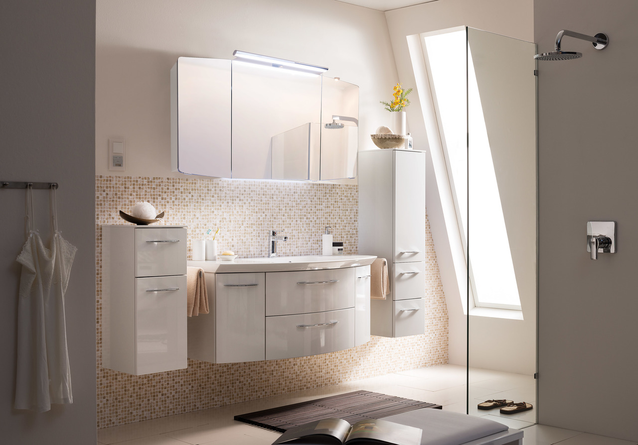 Cassca solitaire badm bel marken badm bel von der nr for H g bathrooms brookvale