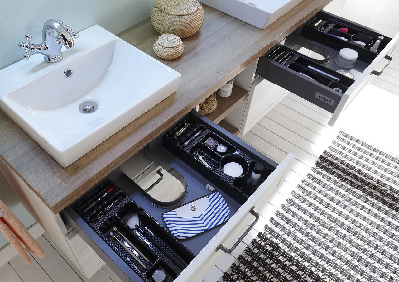 pelipal de awesome pelipal solitaire badmbel set cm with. Black Bedroom Furniture Sets. Home Design Ideas